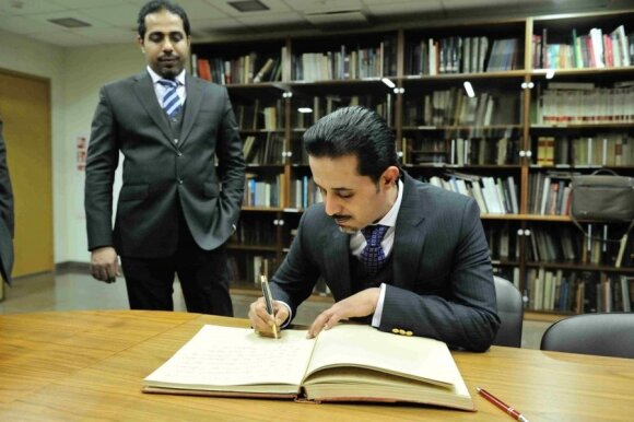 Lietuvos garbės konsulas Saudo Arabijoje Mahfouzas Marei Mubaraku bin Mahfouzu (Valdovų rūmų muziejaus nuotr.)