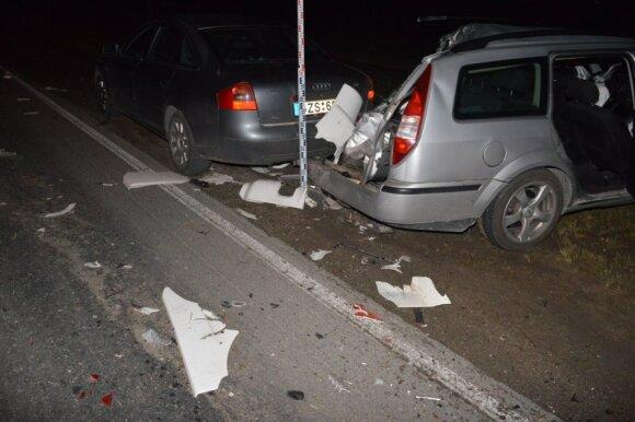 0 promilių negana: vairuotojus siūlo tramdyti keliasdešimt kartų branginant automobilio draudimą