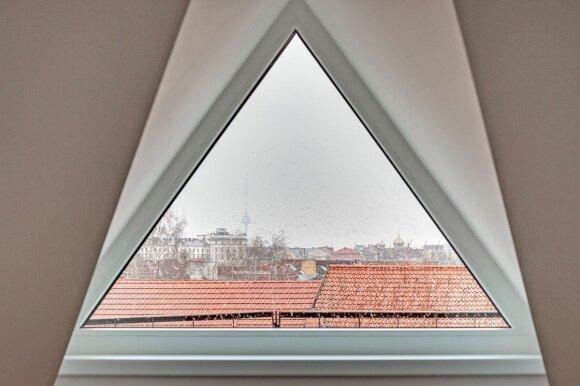44 kv.m butas Vilniuje: mansarda pačioje senamiesčio širdyje