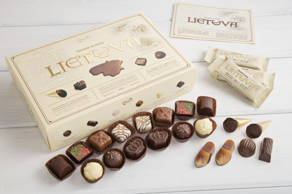 """Šokoladinių saldainių rinkinys """"Vasario 16-osios Lietuva"""""""