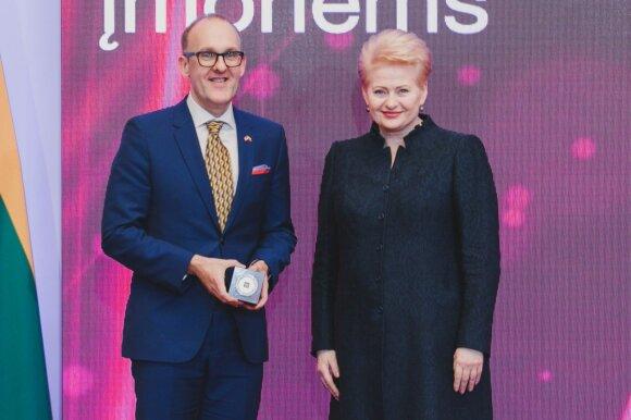 Darius Vaškelis ir  prezidentė Dalia Grybauskaitė
