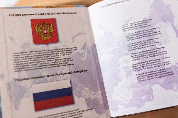 Rusijoje užderėjo naujų vadovėlių: tokios Lietuvos istorijos dar neteko skaityti