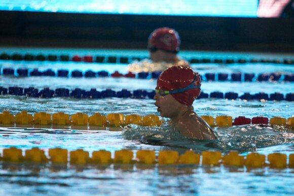 Fabijoniškių baseinas supykdė tėvus: vietų nebeliko per 5 minutes