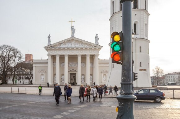Vilnius rearranged traffic lights for independence day