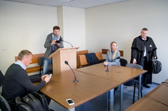 Andriaus ir Monikos Šedžių akistata teisme: nesutarimai kyla ne tik dėl vaiko globos