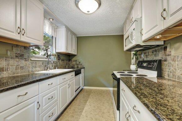 5 grindų dangos, kurios tinka virtuvės zonai