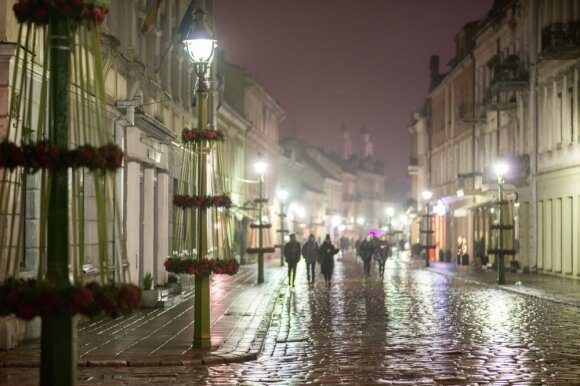 Kaunas nusprendė visiems nušluostyti nosis: puošmenoms tiek pinigų dar nebuvo išleista