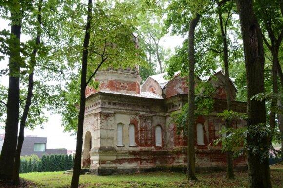 Užkonservuota cerkvė mačiusi ir geresnius laikus