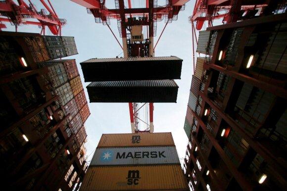 """""""Maersk"""" vadovas: tokio krovinių gabenimo sąskaitą galėtų padengti vartotojai"""