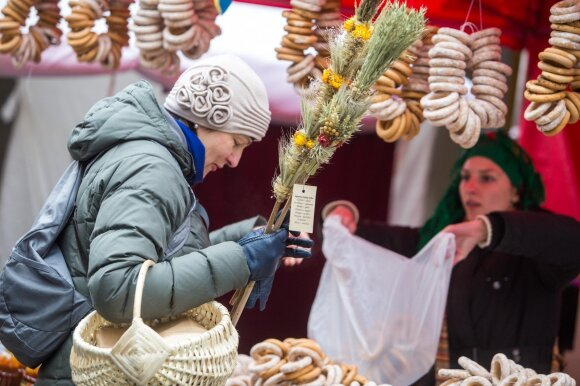 Vilnius streets buzzing with Lithuanians and tourists visiting St Casimir's Fair