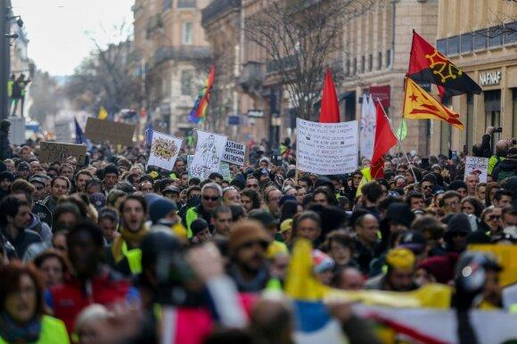 """""""Geltonųjų liemenių"""" protestai"""