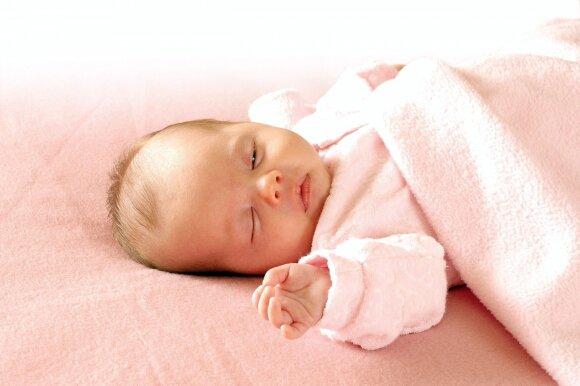 Ramios naktys: patarimai, kaip migdyti kūdikį iki 3-jų mėnesių