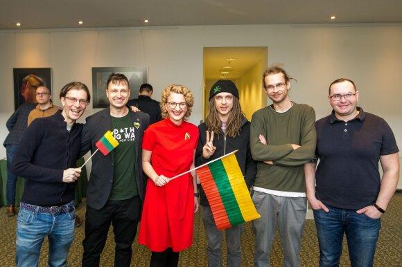 Aušrinės Armonaitės ir Vilniaus mero Remigijaus Šimašiaus inicijuojamos liberalios politinės partijos susitikimas