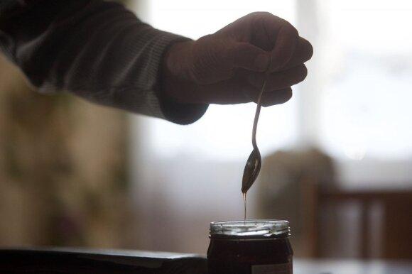 Skurdas Lietuvoje bado akis: pensininkai mėnesį turi išgyventi už 277 eurus