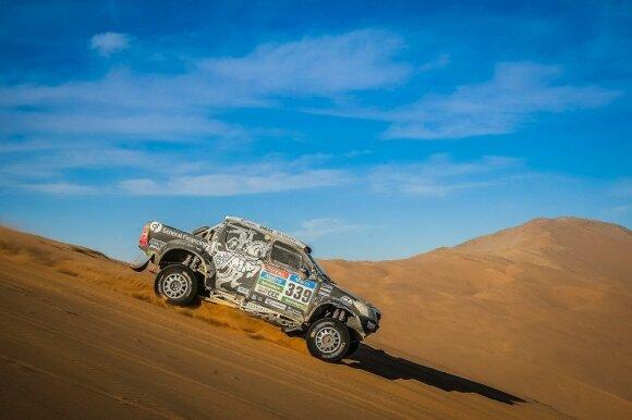 Lenktynininkų laukia daug iššūkių smėlio kopose