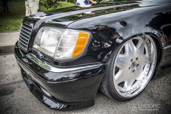 "Unikalus kauniečio ""Mercedes-Benz S420"". Luciopic nuotr."