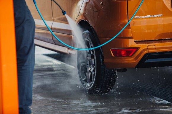 Kaip dažnai reikia plauti automobilį: yra kelios paprastos taisyklės