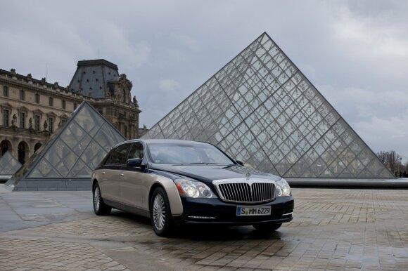 Brangiausi pasaulyje žvaigždžių automobiliai: demonstruoja statusą ir valdžią