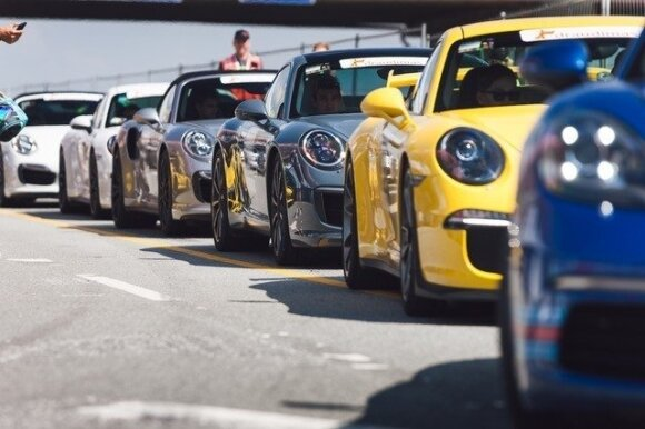 "Kokios spalvos ""Porsche"" nori lietuviai"