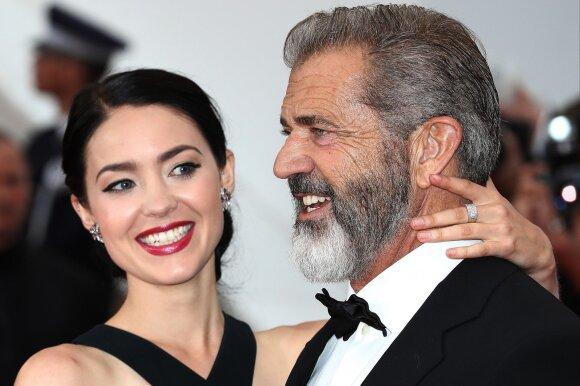 Holivudo veteranas tėčiu tapo devintą kartą