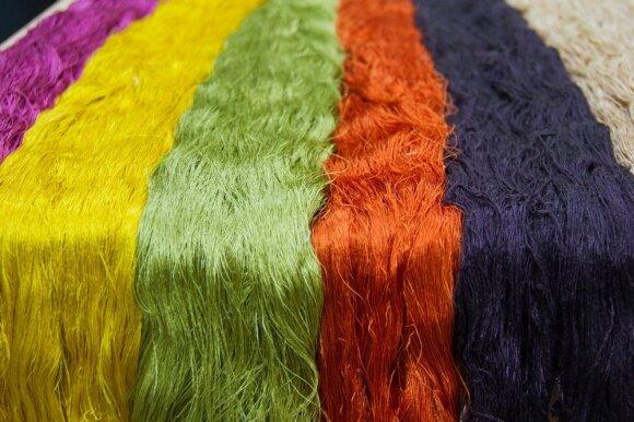 Kaip prižiūrėti įnoringiausius drabužių audinius: vilną ir šilką