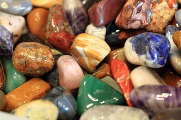 5 natūralūs akmenys, pritrauksiantys meilę į jūsų gyvenimą