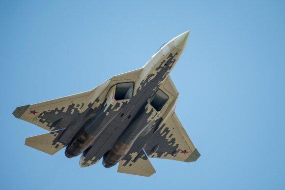 Rusija pagaliau paaiškino paslaptingus manevrus Sirijoje, tačiau kilo rimtų abejonių