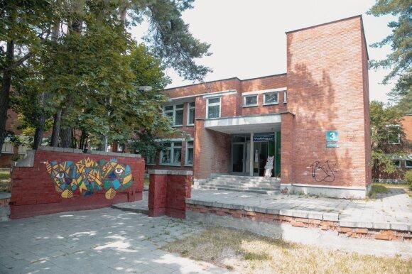 """Serialas """"Černobylis"""" atgaivino vieną Lietuvos miestų: branduolinis turizmas maskuoja įsišaknijusias problemas"""