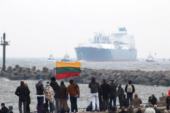 """Prasidėjo SGD laivo-saugyklos """"Independence"""" krikštynos"""