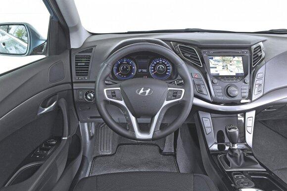 """Hyundai i40"" salonas"