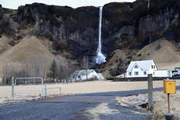 Pietryčių Islandija. Visa sala - tai krioklių kriokliukų kraštas
