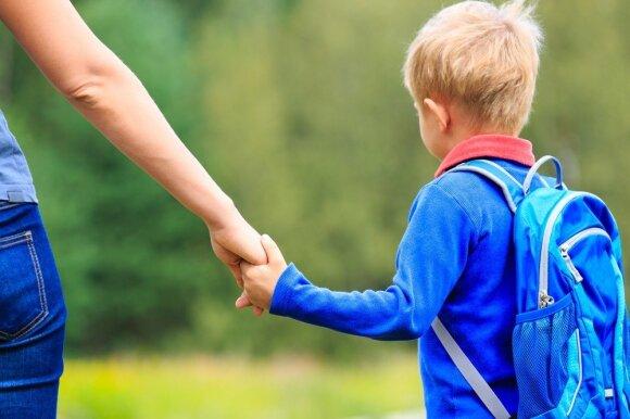 Stresą patiria ne tik suaugusieji, bet ir vaikai: kaip atpažinti ir padėti?