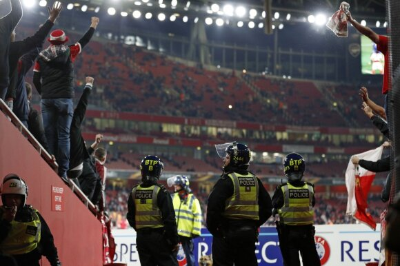 """Koln"" fanai ""Emirates"" stadione"