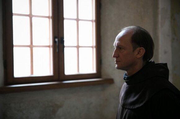 Gyvenimą religijai paskyręs vienuolis: nuo minčių apie šeimą nepabėgsi