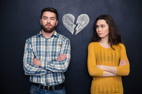 Ženklai, kad santykiams ateina galas: laiku pastebėjus – spėsite išgelbėti
