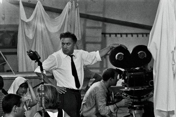 F. Fellini