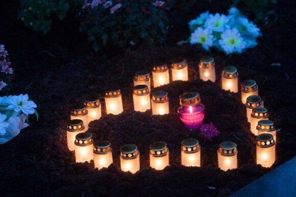 Kaip kalbėti su vaiku apie mirtį, ar vestis į kapus ir laidotuves