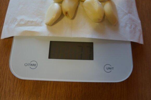 Česnakinis dipas namuose: pasigaminti reikės tik kelių ingredientų