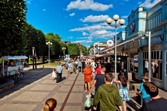 Tautiečiai norėtų atostogauti Lietuvoje, tačiau pas kaimynus – keturiskart pigiau