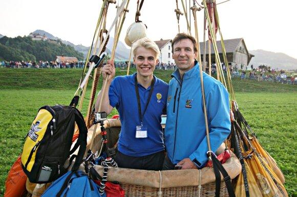 Robertas ir Danielius Komžai, dujinių balionų lenktynės