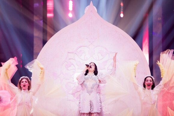Eurovizijos finalas. Graikija: Katerine Duska – Better Love