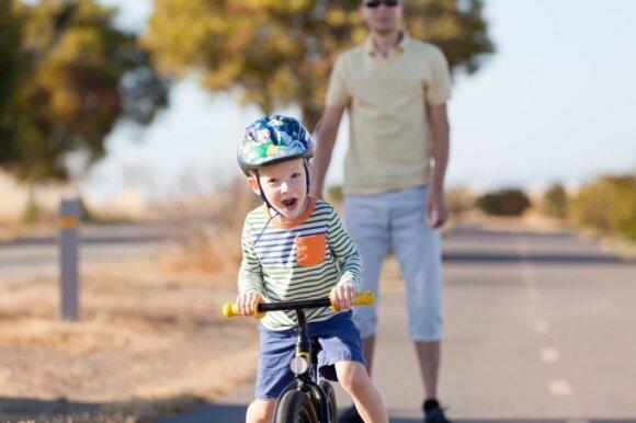 Pedagogė pataria, kaip ugdyti ir lavinti vaikus iki 3 metų