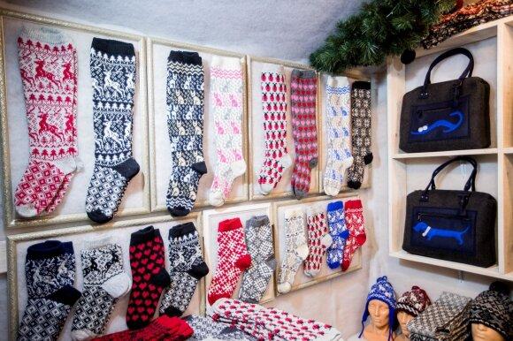 Vilniaus kalėdinėje mugėje apsilankiusį Dainių šokiravo kainos: anksčiau už tai pardavėjoms išdraskytų akis