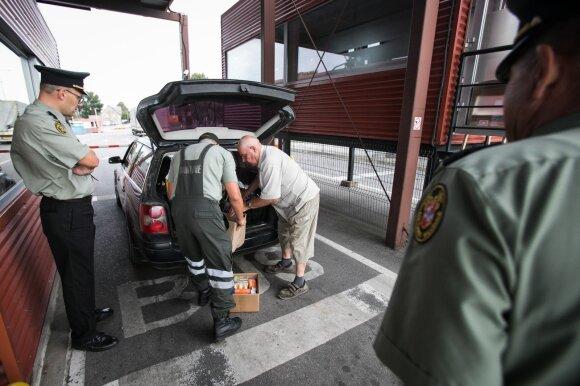 Linija, kurios peržengti nedrįsta net pareigūnai – pragyvenimui užtenka ir lietuviško atlygio