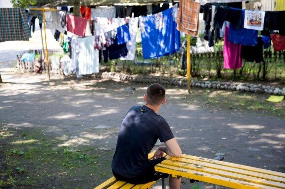 Išgirdę žudiko planus prisiminė Lietuvą sukrėtusią dramą: išžagintos 14-metės akyse subadė motiną ir patėvį