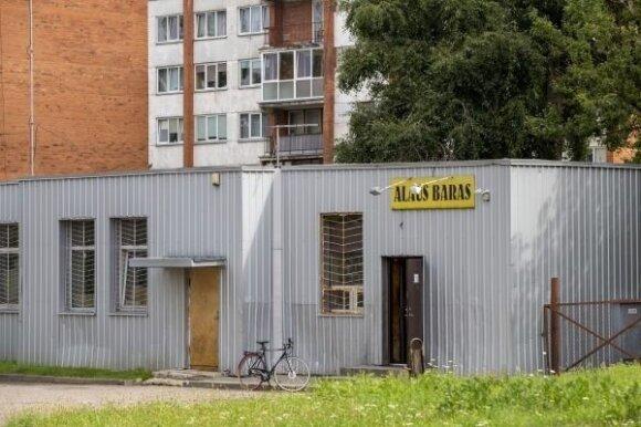 Iš viso Panevėžyje veikia net 56 alaus barai. Didžiausia bausmė jiems – darbo laiko sutrumpinimas. V. Bulaičio nuotr.