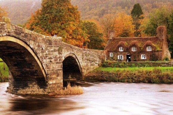 Jungtinė Karalystė rudenį: užburianti Škotija ir nuostabusis Velsas