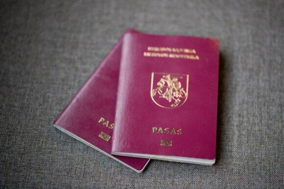 """Dalis lietuvių dvigubos pilietybės nebelaukia: nerimas dėl """"Brexit"""" verčia atsisakyti Lietuvos pilietybės"""