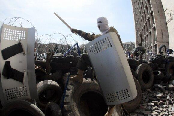 Doneckas: separatistai paskelbė nepriklausomybę ir prašosi į Rusiją