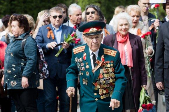 Ypatinga diena Kremliui: liko be parado, be draugų, nusisuka ir Lietuvos rusai